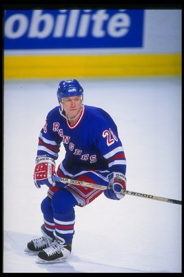 1993-1994:  Steve Larmer of of the New York Rangers. Mandatory Credit: Robert Laberge  /Allsport