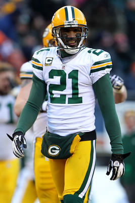 CHICAGO, IL - JANUARY 23:  Charles Woodson #21 of the Green Bay Packers smiles while taking on the Chicago Bears in the NFC Championship Game at Soldier Field on January 23, 2011 in Chicago, Illinois.  (Photo by Jamie Squire/Getty Images)