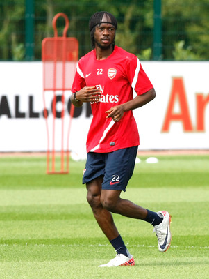 ST ALBANS, ENGLAND - AUGUST 05: Gervinho of Arsenal during a training session at London Colney on August 5, 2011 in St Albans, England. (Photo by Tom Dulat/Getty Images)