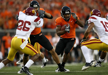 CORVALIS, OR - SEPTEMBER 25:  Jacquizz Rodgers #1 of the Oregon State Beavers runs with the ball against the Southern California Trojans at Reser Stadium on September 25, 2008 in Corvalis, Oregon.  (Photo by Jonathan Ferrey/Getty Images)