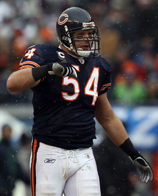 CHICAGO, IL - JANUARY 16:  Linebacker Brian Urlacher #54 of the Chicago Bears looks on against the Seattle Seahawks in the 2011 NFC divisional playoff game at Soldier Field on January 16, 2011 in Chicago, Illinois.  (Photo by Jonathan Daniel/Getty Images)