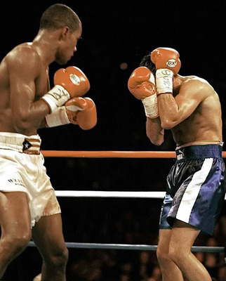 De la Hoya's disappointing close-out against Trinidad became an unfortunate habit of his