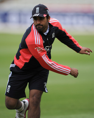 BIRMINGHAM, ENGLAND - AUGUST 08:  Ravi Bopara of England during a nets session at Edgbaston on August 8, 2011 in Birmingham, England.  (Photo by Gareth Copley/Getty Images)