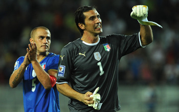 TURIN, ITALY - SEPTEMBER 09:  Gianluigi Buffon (C) of Italy with Fabio Cannavaro celebrate victory during the FIFA 2010 World Cup Qualifying Group 8 match between Italy and Bulgaria at Olimpico Stadium on September 9, 2009 in Turin, Italy.  (Photo by Vale
