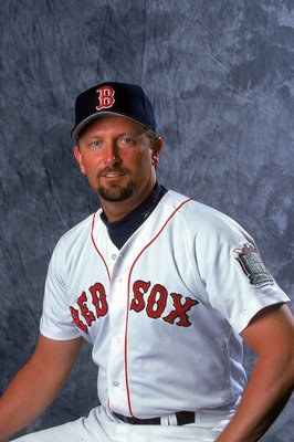 27 Feb 2000:  Pitcher Bret Saberhagen #17 of the Boston Red Sox poses for a studio portrait during Spring Training Photo Day in Fort Myers, Florida. Mandatory Credit: Ezra O. Shaw  /Allsport