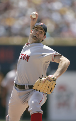 DETROIT - JUNE 4: Matt Clement #30 of the Boston Red Sox pitches against the Detrot Tigers on June 4, 2006 at Comerica Park in Detroit, Michigan. Boston won the game, 8-3. (Photo By Gregory Shamus/Getty Images)