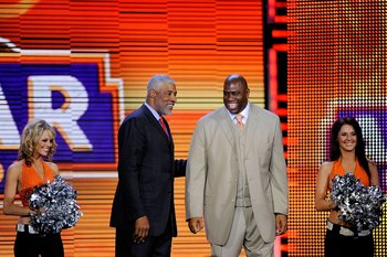 PHOENIX - FEBRUARY 15:  NBA legends Juliusn 'Dr. J' Erving and Earvin 'Magic' Johnson are honored during the 58th NBA All-Star Game, part of 2009 NBA All-Star Weekend at US Airways Center on February 15, 2009 in Phoenix, Arizona.  NOTE TO USER: User expre