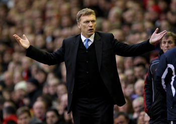 LIVERPOOL, ENGLAND - JANUARY 16:  Everton Manager David Moyes reacts during the Barclays Premier League match between Liverpool and Everton at Anfield on January 16, 2011 in Liverpool, England.  (Photo by Alex Livesey/Getty Images)