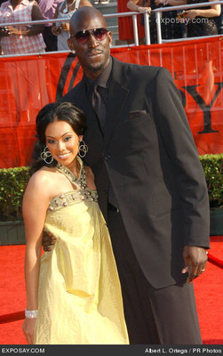 Kevin-garnett-with-wife-brandi-16th-annual-espys-arrivals-0uxara_display_image