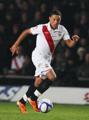 SOUTHAMPTON, ENGLAND - JANUARY 29: Alex Chamberlain of Southampton in action during the FA Cup sponsored by E.ON 4th Round match between Southampton and Manchester United at St Mary's Stadium on January 29, 2011 in Southampton, England.  (Photo by Clive R