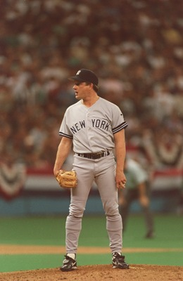 6 Oct 1995:  Relief pitcher Steve Howe of the New York Yankees stares into home plate as he looks for the sign from his catcher during the Yankees 7-4 loss to the Seattle Mariners at the Kingdome in Seattle, Washington.   Mandatory Credit: Stephen Dunn/AL