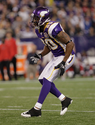 MINNEAPOLIS, MN - DECEMBER 05:  Madieu Williams #20 of the Minnesota Vikings against the Buffalo Bills at the Mall of America Field at the Hubert H. Humphrey Metrodome on December 5, 2010 in Minneapolis, Minnesota.  (Photo by Nick Laham/Getty Images)