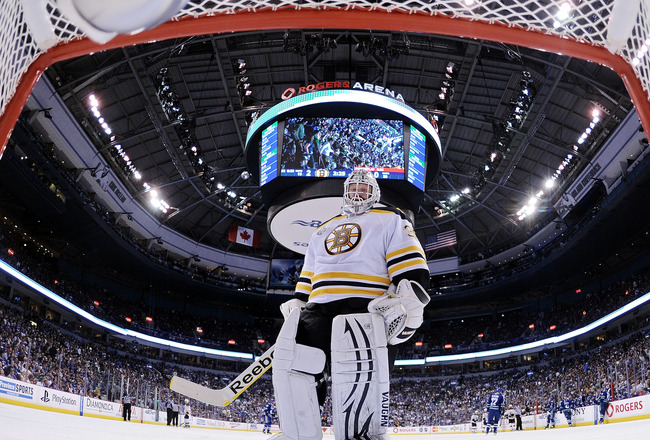 VANCOUVER, BC - JUNE 15:  Tim Thomas #30 of the Boston Bruins tends goal against the Vancouver Canucks during Game Seven of the 2011 NHL Stanley Cup Final at Rogers Arena on June 15, 2011 in Vancouver, British Columbia, Canada.  (Photo by Elsa/Getty Image