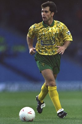 26 Aug 1992:  Mark Bowen of Norwich City in action during a match. \ Mandatory Credit: Shaun  Botterill/Allsport