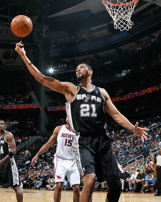 ATLANTA, GA - APRIL 05:  Tim Duncan #21 of the San Antonio Spurs against the Atlanta Hawks at Philips Arena on April 5, 2011 in Atlanta, Georgia.  NOTE TO USER: User expressly acknowledges and agrees that, by downloading and/or using this Photograph, user
