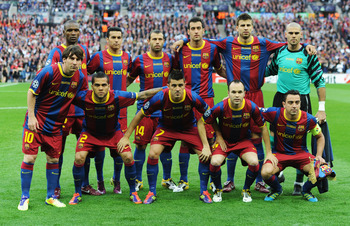 LONDON, ENGLAND - MAY 28:  Barcelona pose for photographs ahead of the UEFA Champions League final between FC Barcelona and Manchester United FC at Wembley Stadium on May 28, 2011 in London, England.  (Photo by Jasper Juinen/Getty Images)