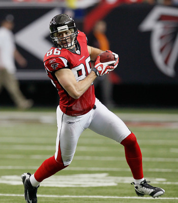 ATLANTA, GA - JANUARY 02:  Brian Finneran #86 of the Atlanta Falcons against the Carolina Panthers at Georgia Dome on January 2, 2011 in Atlanta, Georgia.  (Photo by Kevin C. Cox/Getty Images)