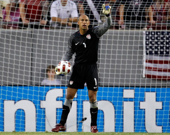 TAMPA, FL - JUNE 11:  Goal keeper Tim Howard #1 of the United States watches his team against Team Panama during the CONCACAF Gold Cup Match at Raymond James Stadium on June 11, 2011 in Tampa, Florida.  (Photo by J. Meric/Getty Images)