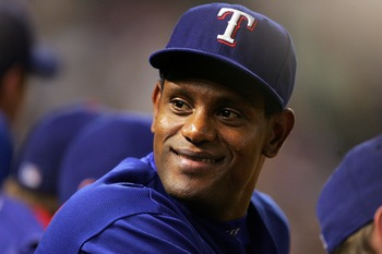 ARLINGTON, TX - AUGUST 28:  Designated hitter Sammy Sosa #21 of the Texas Rangers during play against the Chicago White Sox on August 28, 2007 at Rangers Ballpark in Arlington, Texas.   (Photo by Ronald Martinez/Getty Images)