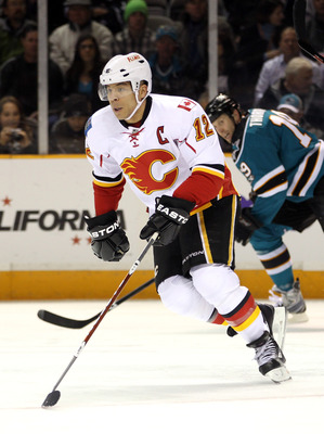 SAN JOSE, CA - MARCH 23:  Jarome Iginla #12 of the Calgary Flames in action against the San Jose Sharks at the HP Pavilion on March 23, 2011 in San Jose, California.  (Photo by Ezra Shaw/Getty Images)