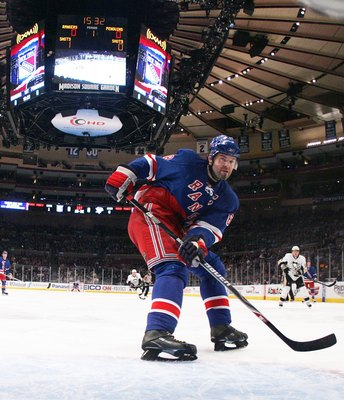 NEW YORK - MARCH 31: Jaromir Jagr #68 of the New York Rangers skates in on the Pittsburgh Penguins net on March 31, 2008 at Madison Square Garden in New York City. The Rangers defeated the Penguins 2-1 in overtime. (Photo by Bruce Bennett/Getty Images)