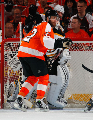 PHILADELPHIA, PA - MAY 02:  Ville Leino #22 of the Philadelphia Flyers sets up in front of the net in Game Two of the Eastern Conference Semifinals against the Boston Bruins during the 2011 NHL Stanley Cup Playoffs at Wells Fargo Center on May 2, 2011 in