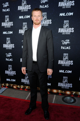 LAS VEGAS, NV - JUNE 22:  Daniel Sedin of the Vancouver Canucks arrives at the 2011 NHL Awards at the Palms Casino Resort June 22, 2011 in Las Vegas, Nevada.  (Photo by Ethan Miller/Getty Images)