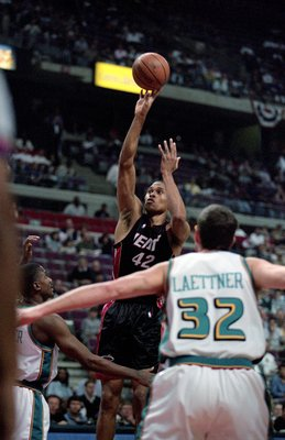 29 Apr 2000: P.J. Brown #42 of the Miami Heat makes a jump shot during the NBA Eastern Conference Playoffs Round One Game against the Detroit Pistons at The Palace in Auburn Hills, Michigan. The Heat defeated the Pistons 91-72.