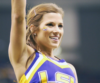 College-cheerleader-of-the-week-4_display_image