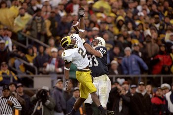 8 Nov 1997:  Defensive back Charles Woodson of the Michigan Wolverines in action during a game against the Penn State Nittany Lions at Beaver Stadium in State College, Pennsylvania.  Michigan won the game, 34-10. Mandatory Credit: Rick Stewart  /Allsport
