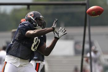BOURBONNAIS, IL - AUGUST 06: Desmond Clark #88 of the Chicago Bears catches a pass during a summer training camp practice at Olivet Nazarene University on August 6, 2011 in Bourbonnais, Illinois. (Photo by Jonathan Daniel/Getty Images)