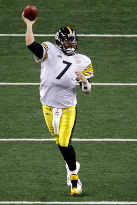 ARLINGTON, TX - FEBRUARY 06:  Ben Roethlisberger #7 of the Pittsburgh Steelers drops back against the Green Bay Packers during Super Bowl XLV at Cowboys Stadium on February 6, 2011 in Arlington, Texas.  (Photo by Rob Carr/Getty Images)
