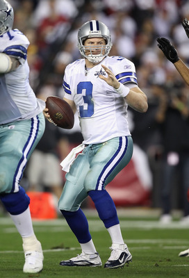GLENDALE, AZ - DECEMBER 25:  Quarterback Jon Kitna #3 of the Dallas Cowboys drops back to pass during the NFL game against the Arizona Cardinals at the University of Phoenix Stadium on December 25, 2010 in Glendale, Arizona.  The Cardinals defeated the Co