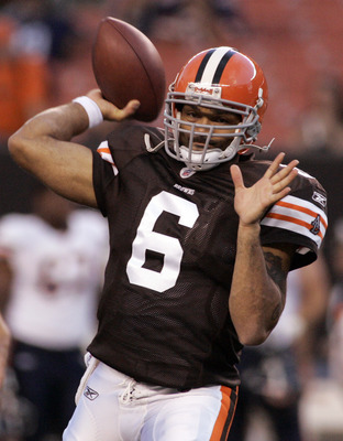 CLEVELAND - SEPTEMBER 2: Seneca Wallace #6 of the Cleveland Browns warms up before the preseason game against the Chicago Bears on September 2, 2010 at Cleveland Browns Stadium in Cleveland, Ohio. The Browns defeated the Bears 13-10. (Photo by Justin K. A