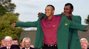 Tiger Woods receiving the Green Jacket after winning the 2001 Masters