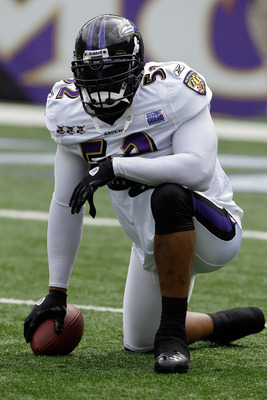 BALTIMORE, MD - AUGUST 06:  Ray Lewis #52 of the Baltimore Ravens looks on  during training camp at M&T Bank Stadium on August 6, 2011 in Baltimore, Maryland.  (Photo by Rob Carr/Getty Images)