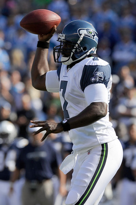 SAN DIEGO, CA - AUGUST 11:  Quarterback Tarvaris Jackson #7 of the Seattle Seahawks looks to throw the ball in the first quarter against the San Diego Chargers during the NFL preseason game at Qualcomm Stadium on August 11, 2011 in San Diego, California.