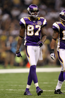 NEW ORLEANS - SEPTEMBER 09:  Bernard Berrian #87 of the Minnesota Vikings at Louisiana Superdome on September 9, 2010 in New Orleans, Louisiana.  (Photo by Ronald Martinez/Getty Images)