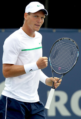 MONTREAL, QC - AUGUST 10:  Tomas Berdych of the Czech Republic celebrates a point against Alexandr Dolgopolov of the Ukraine during the Rogers Cup at Uniprix Stadium on August 10, 2011 in Montreal, Canada.  (Photo by Matthew Stockman/Getty Images)