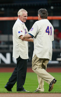 NEW YORK - AUGUST 22:  Tom Seaver shakes hands with Gary Gentry during the presentation commemorating the New York Mets 40th anniversary of the 1969 World Championship team on August 22, 2009 at Citi Field in the Flushing neighborhood of the Queens boroug