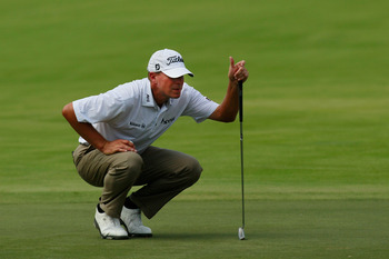 JOHNS CREEK, GA - AUGUST 12: Steve Stricker lines up a putt  during the second round of the 93rd PGA Championship at the Atlanta Athletic Club on August 12, 2011 in Johns Creek, Georgia.  (Photo by Kevin C. Cox/Getty Images)