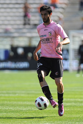 PARMA, ITALY - MAY 01:  Javier Matias Pastore of US Citta di Palermo in action during the Serie A match between Parma FC and US Citta di Palermo at Stadio Ennio Tardini on May 1, 2011 in Parma, Italy.  (Photo by Valerio Pennicino/Getty Images)