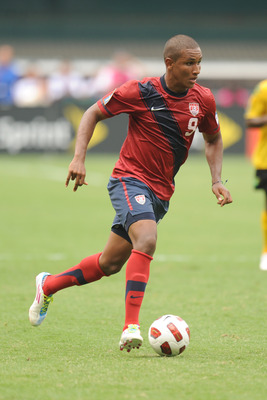 WASHINGTON, DC - JUNE 19:  Juan Agudelo #9 of the United States dribbles the ball against Jamaica during the 2011 Gold Cup Quarterfinals on June 19, 2011 at RFK Stadium in Washington, D.C.  The United States won 2-0.  (Photo by Mitchell Layton/Getty Image