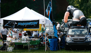 CHARLOTTE, NC - SEPTEMBER 14:  Fans tailgate before the Chicago Bears face the Carolina Panthers at Bank of America Stadium on September 14, 2008 in Charlotte, North Carolina.  (Photo by Kevin C. Cox/Getty Images)