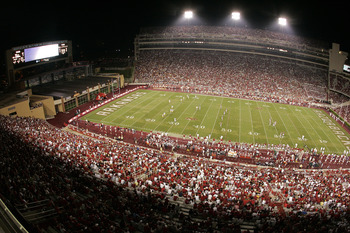 FAYETTEVILLE, AR - SEPTEMBER 2:  General view during the game between the University of Southern California Trojans and the Arkansas Razorbacks on September 2, 2006 at Donald W. Reynolds Razorback Stadium in Fayetteville, Arkansas.  Southern California wo