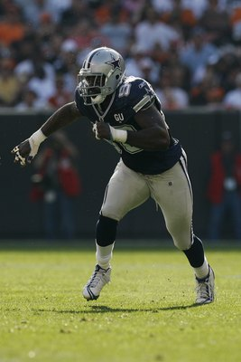 CLEVELAND - SEPTEMBER 7:  Greg Ellis #98 of the Dallas Cowboys rushes against the Cleveland Browns during the game at Cleveland Browns Stadium on September 7, 2008 in Cleveland, Ohio.  (Photo by Kevin C. Cox/Getty Images)