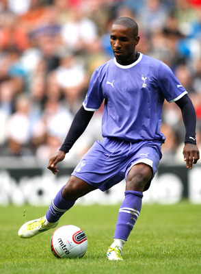 MILTON KEYNES, ENGLAND - JULY 26: Jermain Defoe of Tottenham Hotspur in action during the Pre Season Friendly match between Mk Dons and Tottenham Hotspur at Stadium MK on July 26, 2011 in Milton Keynes, England. (Photo by Tom Dulat/Getty Images)