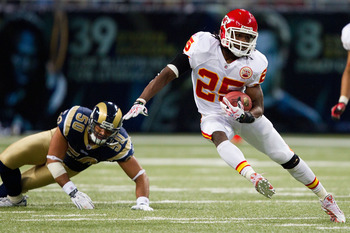 ST. LOUIS, MO - DECEMBER 19: Jamaal Charles #25 of the Kansas City Chiefs rushes against the St. Louis Rams at the Edward Jones Dome on December 19, 2010 in St. Louis, Missouri.  The Chiefs beat the Rams 27-13.  (Photo by Dilip Vishwanat/Getty Images)