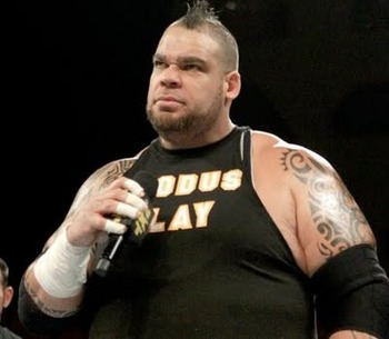Brodus-clay-have-to-sing-cody-rhodess-theme_display_image