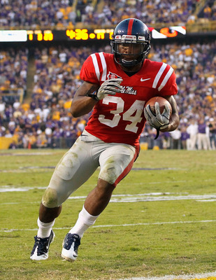 BATON ROUGE, LA - NOVEMBER 20:  Brandon Bolden #34 of the Ole Miss Rebels against the Louisiana State University Tigers at Tiger Stadium on November 20, 2010 in Baton Rouge, Louisiana.  (Photo by Kevin C. Cox/Getty Images)
